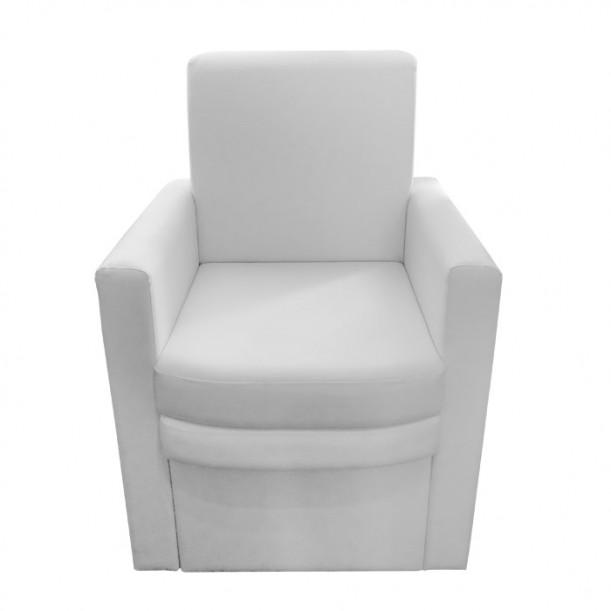 Педикюрен стол В9090 с компактно пространство за ваничка